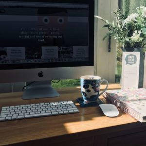 Blogging and BAPS - BAPS 2018 winner Tina's workstation, computer, coffee and 2 BAPS Awards!