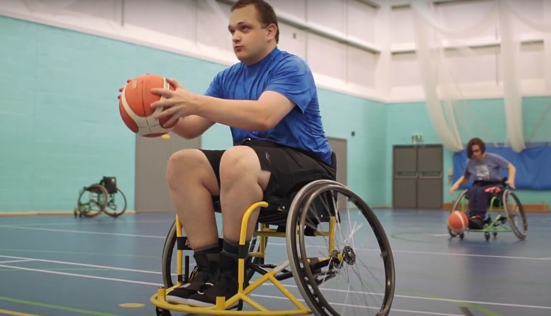 QAC students play wheelchair basketball
